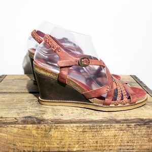 KICKERS red leather strap wedge sandal SZ 39 7.5